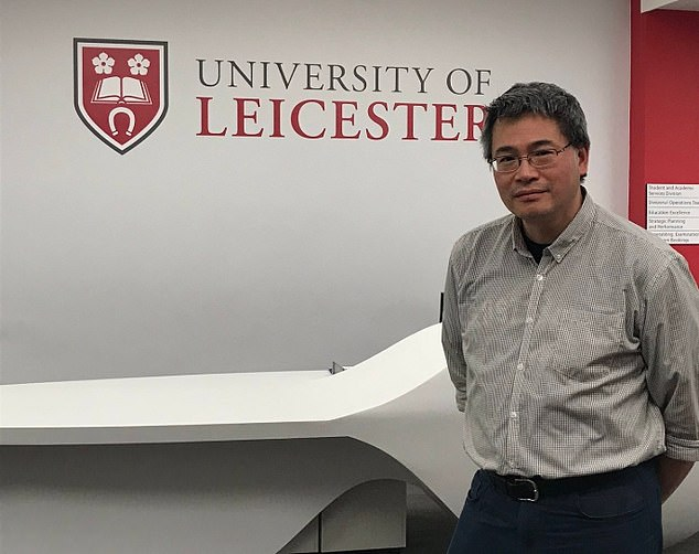 Dr Julian Tang, from the University of Leicester, has urged pubs to consider bringing in staggered leaving times so that the Government doesn't have to bring in further measures